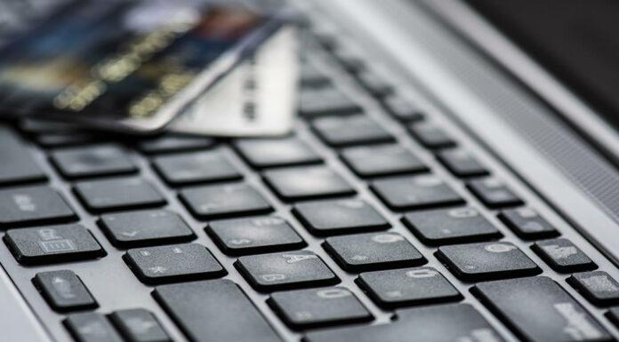 Veja o que as pessoas compram mais pela internet e descubra quais são os setores em que uma loja virtual teria maiores chances de sucesso. Competir com os gigantes do mercado? Nada disso. Veja qual a saída neste artigo.